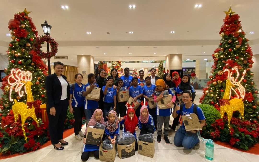 DoubleTree by Hilton KL Christmas Delights with Children of HOPE worldwide